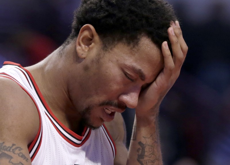 On Derrick Rose, Disappointment and a City Turning on Its Own